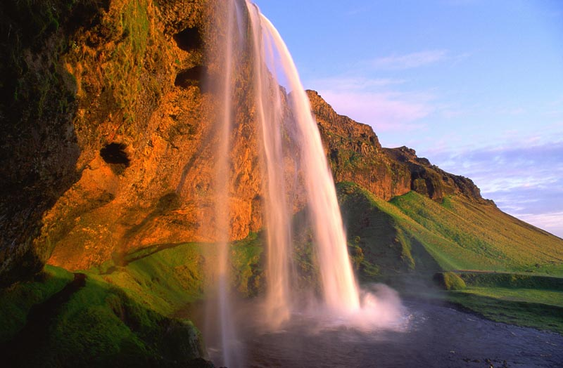 seljalandsfoss_hr